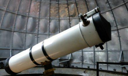 'Fecker', el telescopio recuperado en un mercado de pulgas