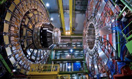 Dona Organización europea nuclear equipo de cómputo a Chiapas