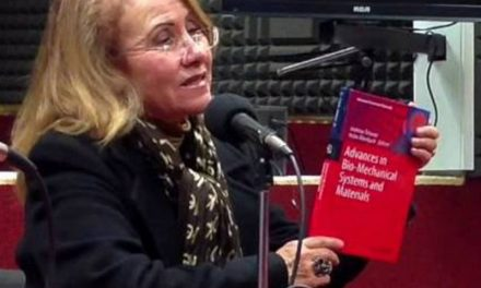 Desmienten noticia de mexicana que cuestionó trabajo de Stephen Hawking
