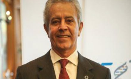 Nombran a Javier Amtmann nuevo presidente de la AMIIF