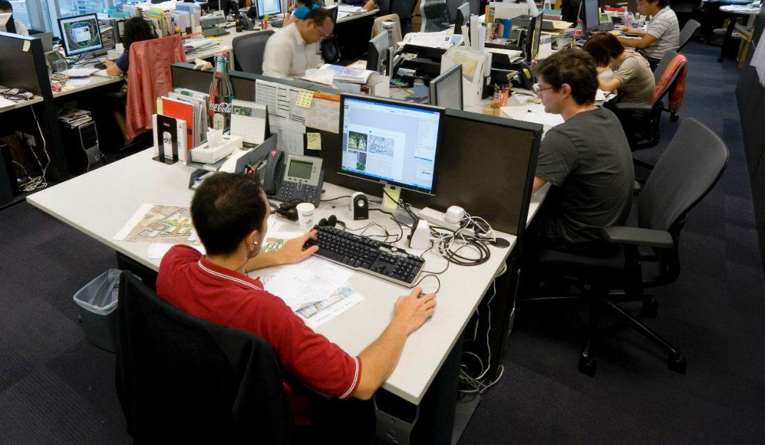 Cu nto tiempo pasamos sentados en una oficina a lo largo for Pedir vida laboral en oficina