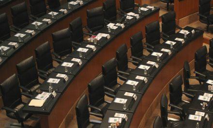 Sin prisas, sin consensos, sin acuerdos: hasta septiembre Senado discutirá marihuana medicinal