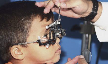 Estimulador eléctrico transcorneal para pacientes con discapacidad visual total, 1er. lugar en investigación tecnológica del Premio CANIFARMA