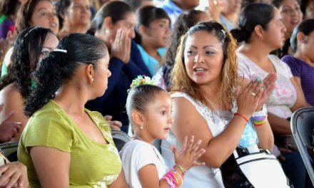 Mujeres en México: más esperanza de vida, menor tasa de fecundidad y más uso de anticonceptivos